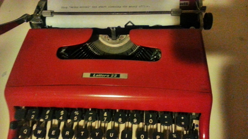 Typewriter Tweet
